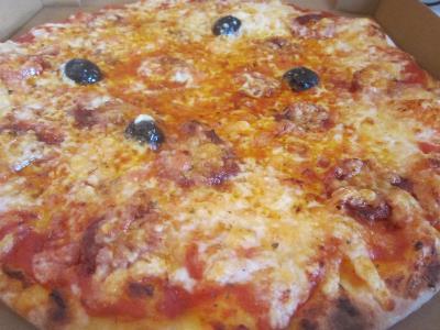 livraison gratuite pizza chorizo sur aix en provence. Black Bedroom Furniture Sets. Home Design Ideas